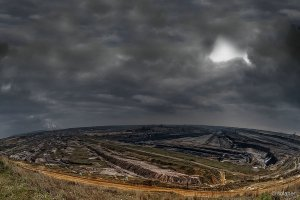 oppressed landscape / geschundene Landschaft